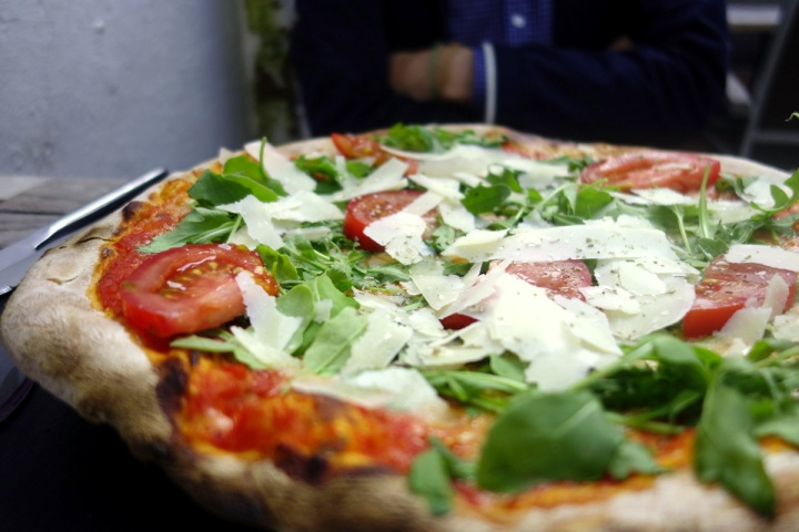 Crudaiola pizza